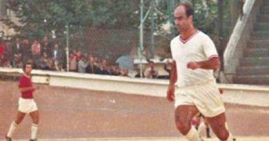 France Football  honore la mémoire d'Ahcène Lalmas